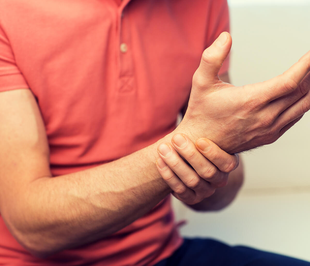 Encinitas, CA specialist gets to know your gout symptoms for relief, effective treatment options